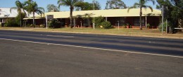 "(JS19) PEAK HILL Motel- ""Country Roads"" ,$650,000 FREEHOLD!"