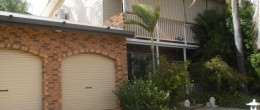(bz68)Peak Hill 63 Euchie Street. $185,000 4 Bedrooms Under Offer