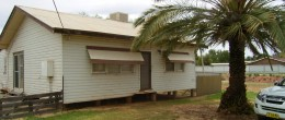 "(jb4) Lake Cargelligo 26 Holt St. ""Lake Views""Over 2000sqm $146,000"